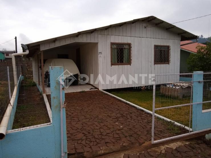 Terreno de 373m² com Casa de Madeira,próx. a Unisep. Baixou R$ 40mil,