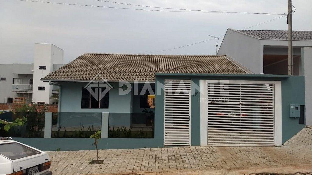 Casa com 122,80m² Terreno 300,55m², Localização Tranquila e Agradável!!!