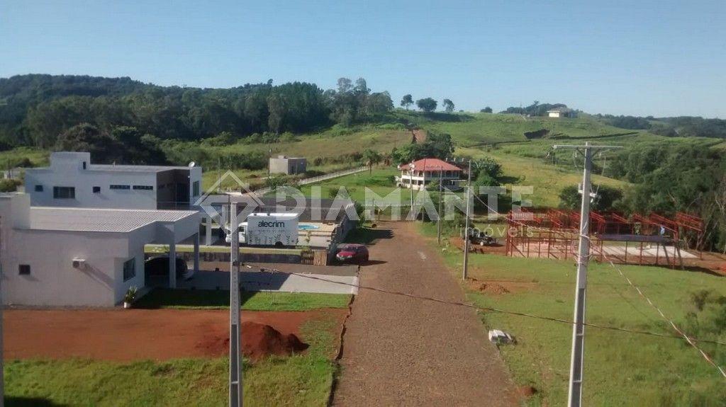 Condomí. Rural Bela Vista, próximo a cidade, local fechado, alto e muito bonito
