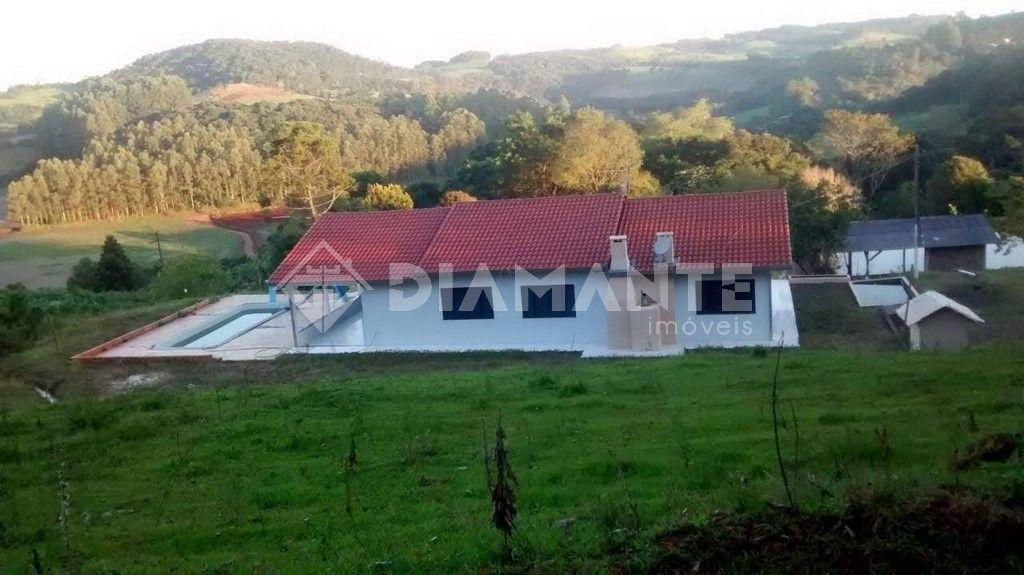 Sítio com 38.000m², 22km de Beltrão, Rica de Água, Casa Muito Boa.