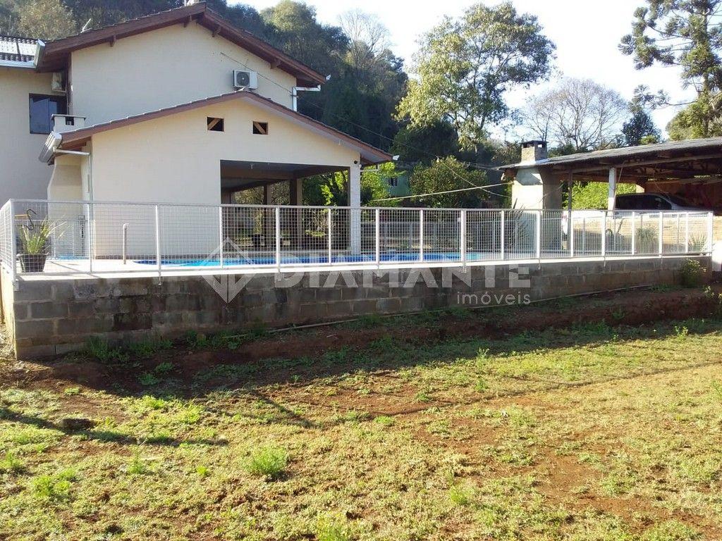 Sítio Alto Padrão, Plano, Casa de Patrão com 2 pisos, Piscina, Salão de Festa