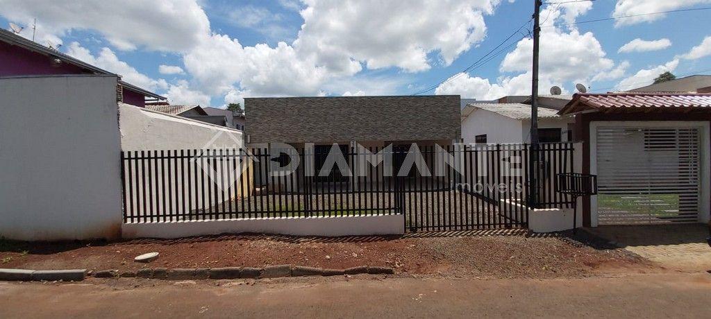 Casa para Venda, Pintura Nova, Bairro Guanabara, Aceita Veiculo ou Financiamento