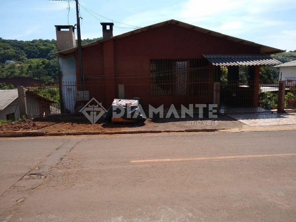Terreno com 960m², Casa com Porão, Bairro São Francisco / São Miguel.