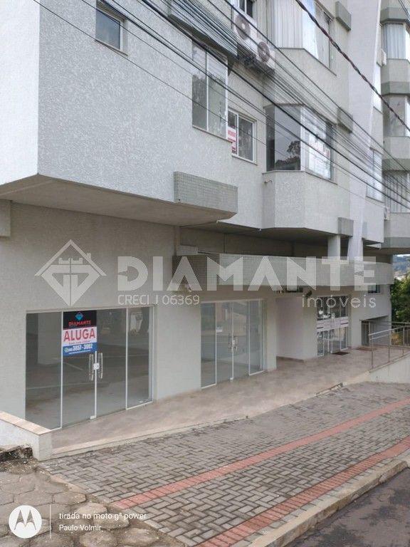 Sala Comercial para Locação com 04 Vagas de Garagem e Excelente Localização.
