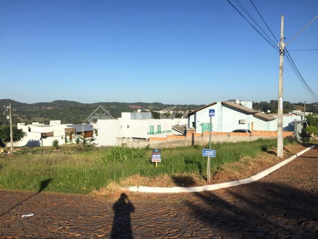 Terreno de Esquina, 419m², prox. ao Centro, Lot. Monte Rey