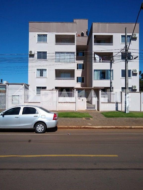 Apartamento Térreo de Frente com Pintura Nova no Condomínio Princesa Izabel!