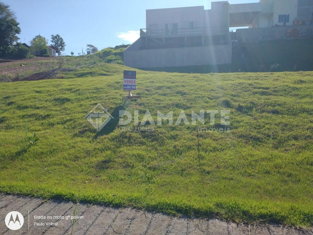 Ótima Opção de Terreno no Loteamento Corso, Amplo e com Preço de Ocasião!