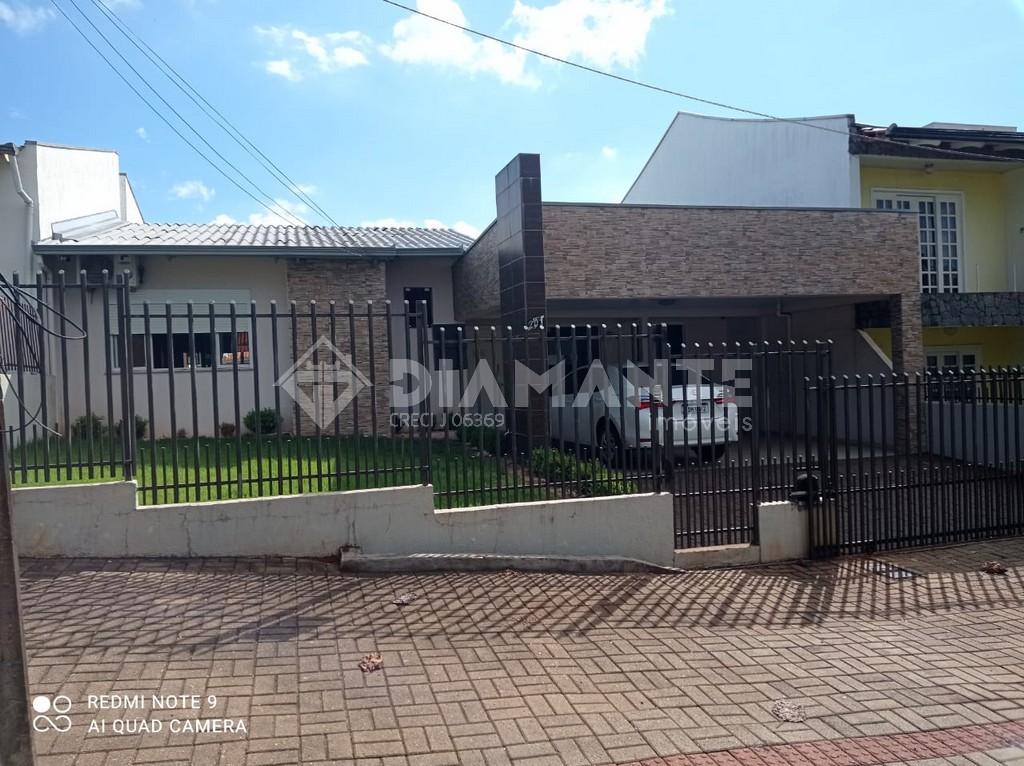 Excelente Casa no Bairro Vila Nova,01 Suíte + 02 Quartos, Com Móveis Planejados!