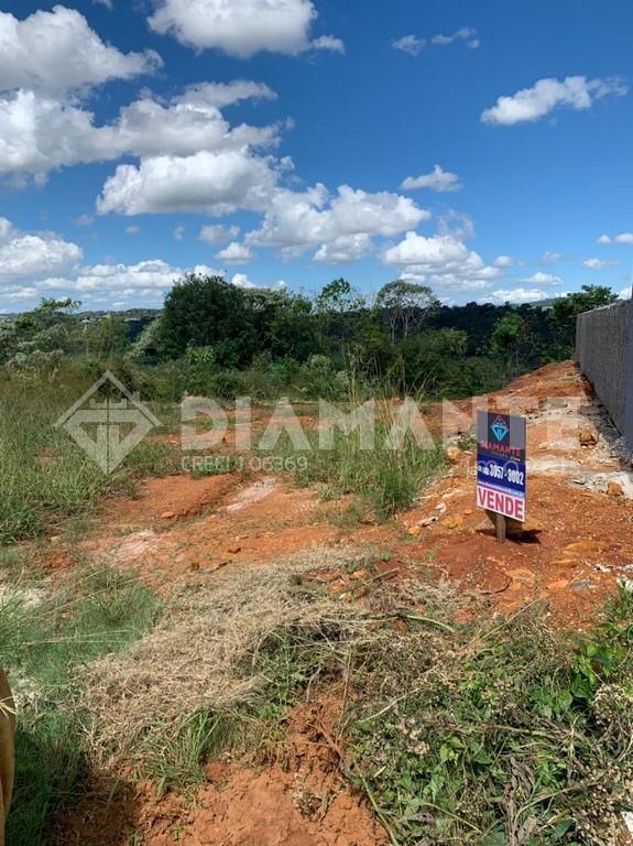 Terreno de 12 M X 25 M no Loteamento Passaura, próximo a UTFPR em F.Beltrão!
