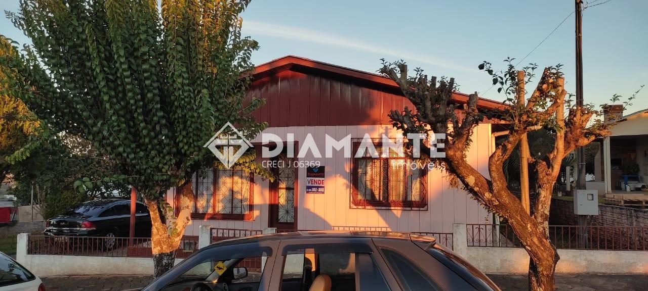 Terreno de 1000 M² com Casa Mista de 140 M² em Marmeleiro! Confira