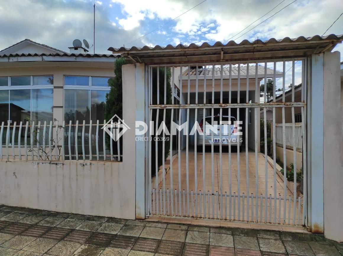 Ótima Casa no Centro de Palma Sola - SC, Possui Edícula com Churrasqueira!
