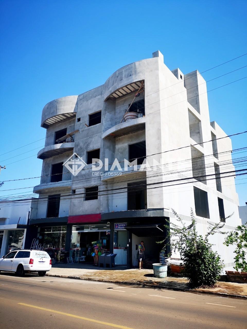 Apartamento de Frente com Localização Privilegiada no B. Vila Nova. Invista!