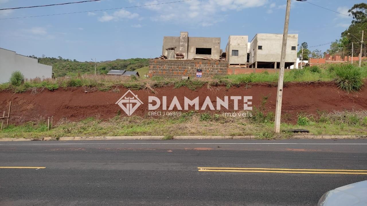 Terreno de 12 X 25, Acima do Nível da Rua, Muito Bem Localizado no Lot. São José